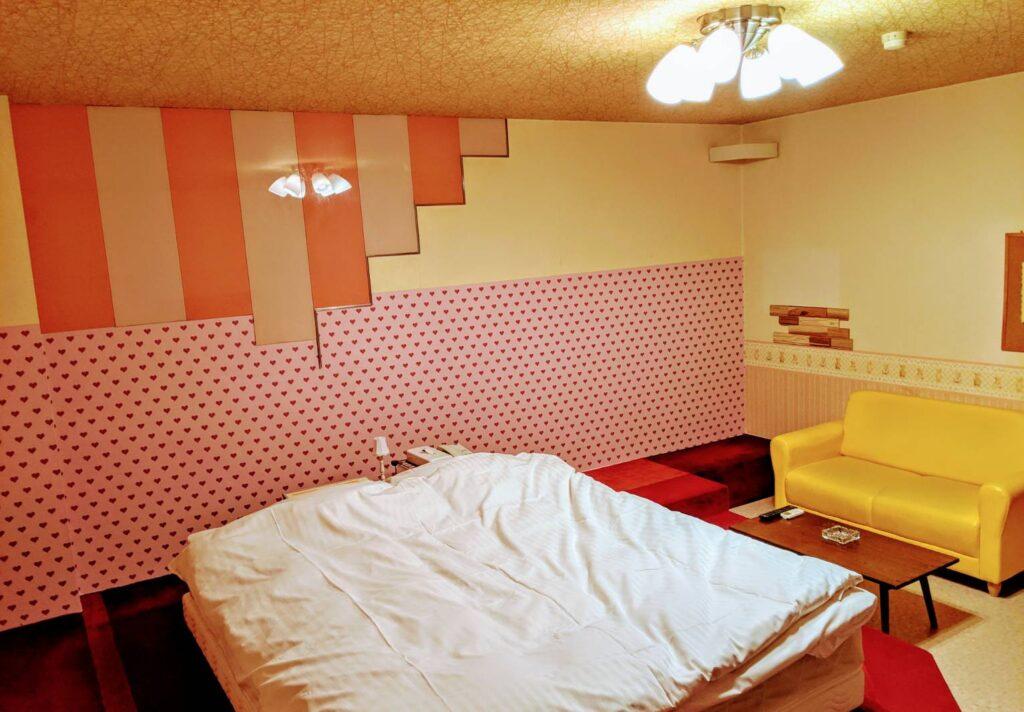 215号室